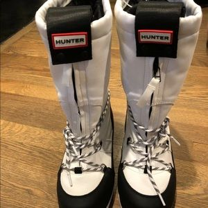 New Hunter snow boots size 7